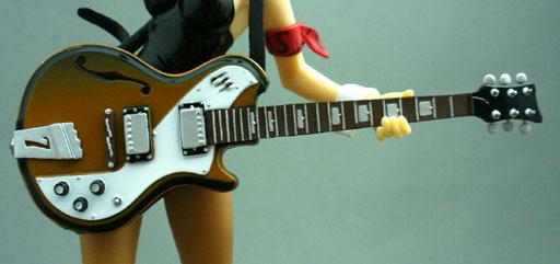 24_ハルヒギター1.jpg