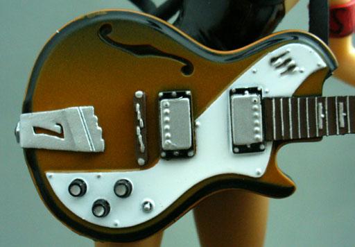25_ハルヒギター2.jpg