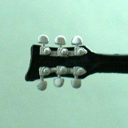 27_ハルヒギター4.jpg